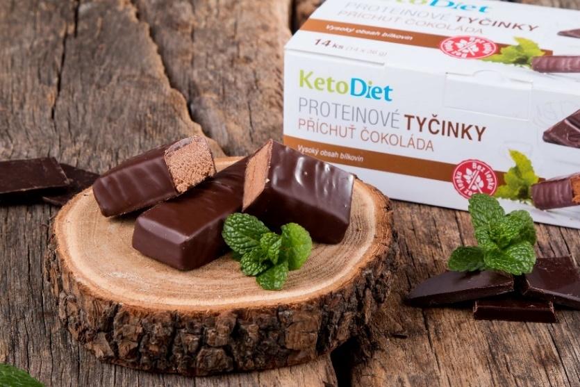 Keto dieta – proteinové tyčinky  čokoládové box 14 ks – KetoDiet.cz